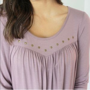 Tops - NWT. Lilac Front Detailed Top